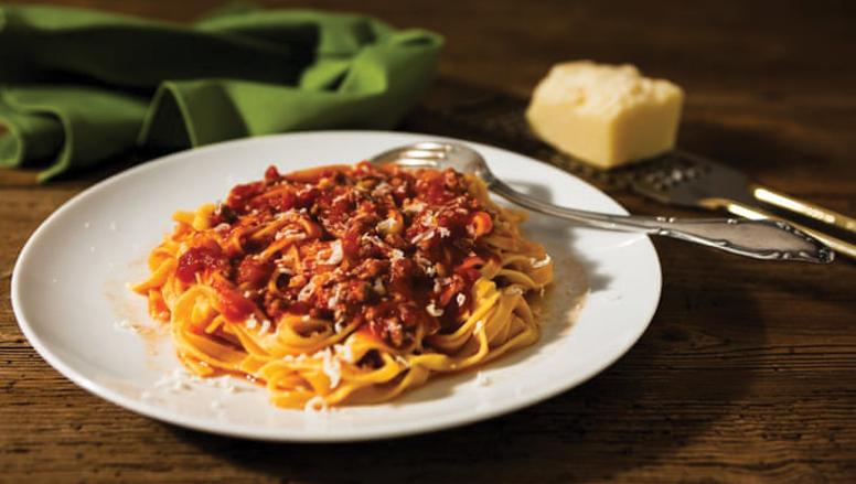 ماکارونی با سس بلونز | pasta-with-bolognese-sauce