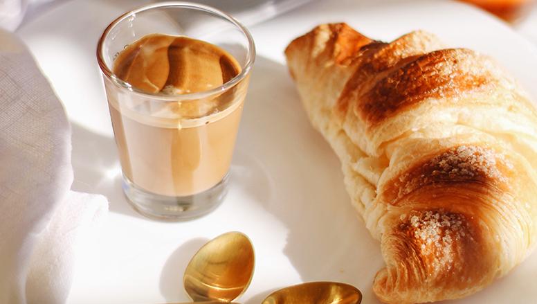 کروسان کرم دار   Creamy croissants